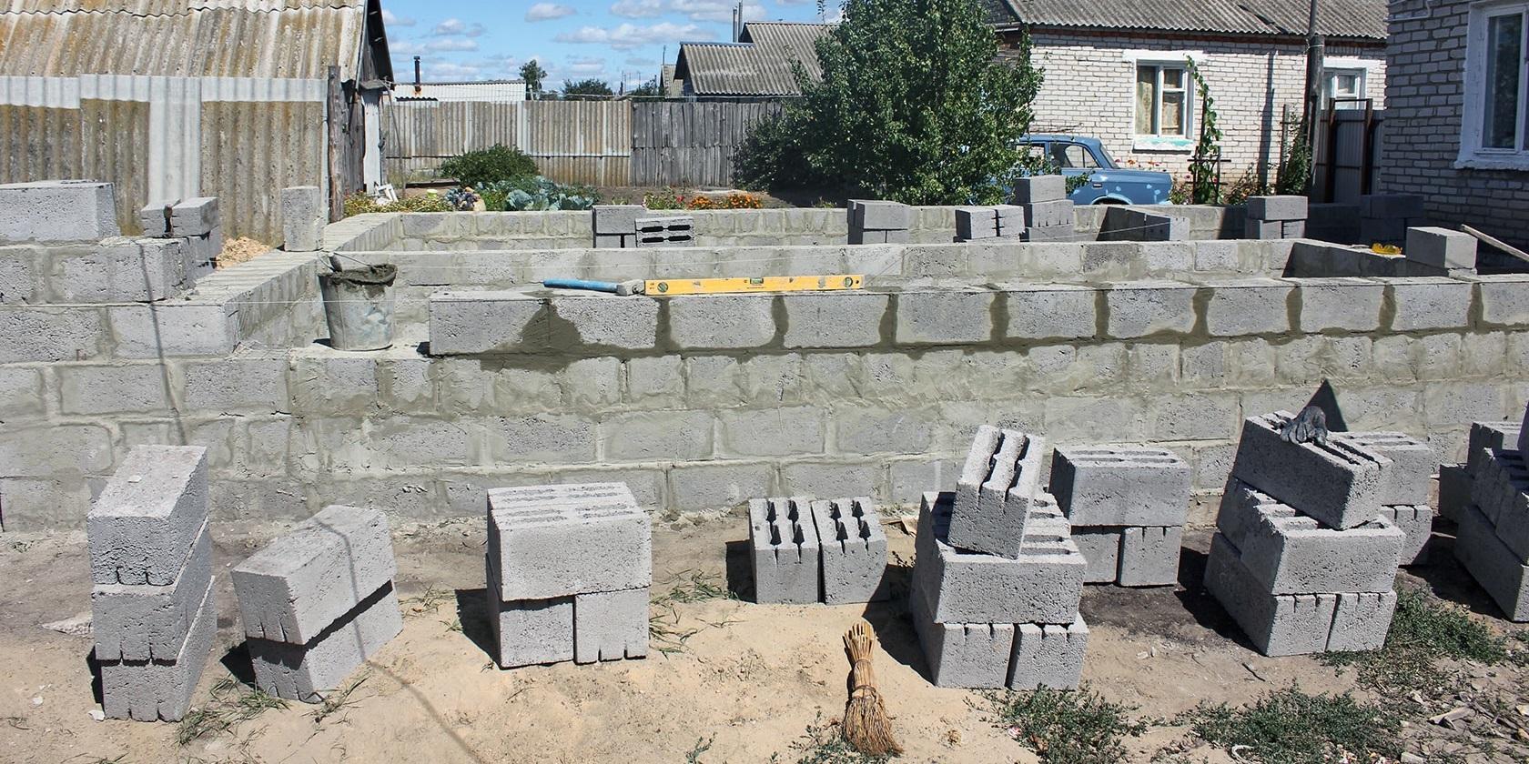 сколько стоит строительный блок